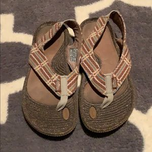 Simple Taupe Brown Woven Sandals 7